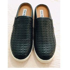 Steve Madden SLOPE Slide On Sneaker Size 8 GUC
